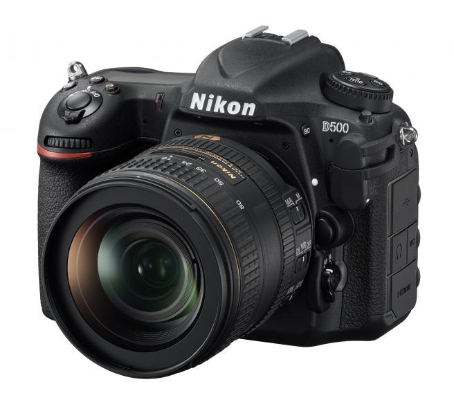 Nikon D500; Preis: um 1.800 €