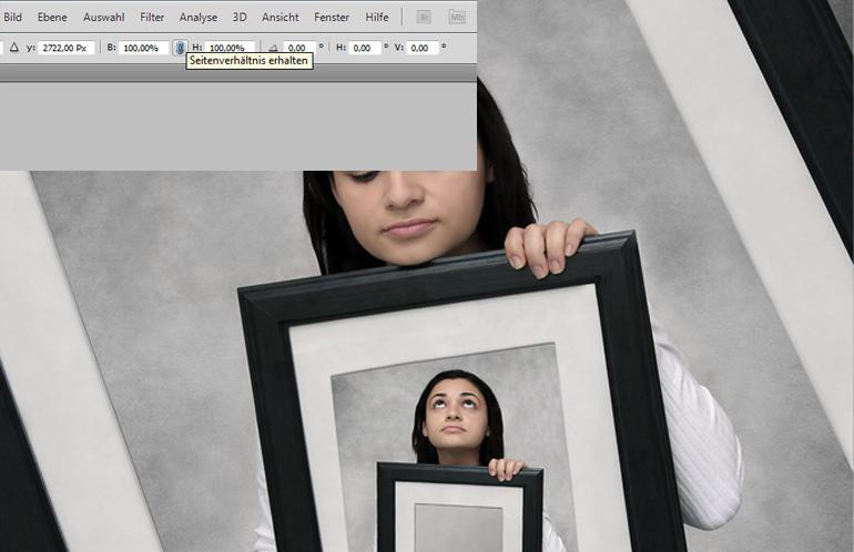 Photoshop: Die Frau im Rahmen